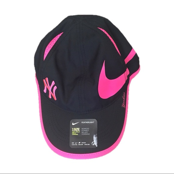 New York Yankees Nike Women s Adjustable Hat Cap 78ab26dc0a1e